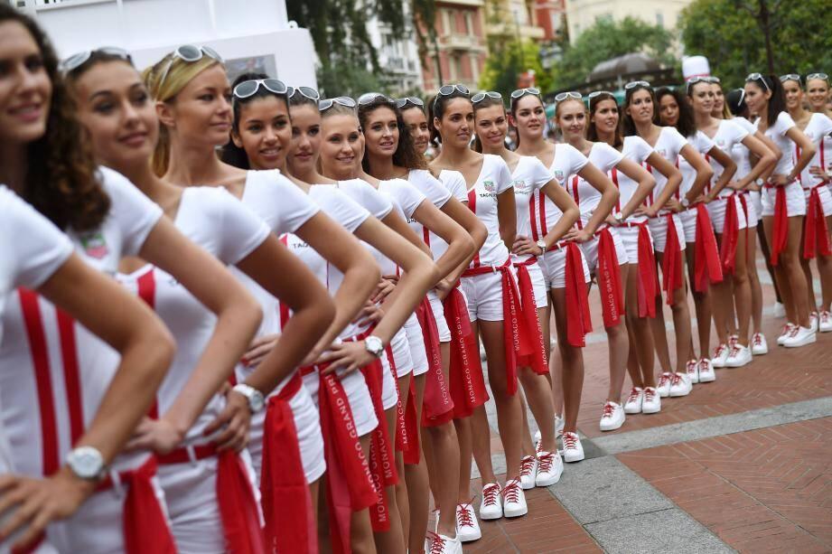 A Monaco, les grid girls sont plutôt élégantes et distinguées.