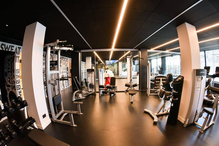Le Hercule Fitness Club, à coté de la piscine Rainier III, est la nouvelle salle de fitness à Monaco.