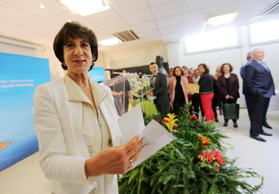 La directrice du centre hospitalier intercommunal de Fréjus Saint-Raphaël, Chantal Borne, part à la retraite.