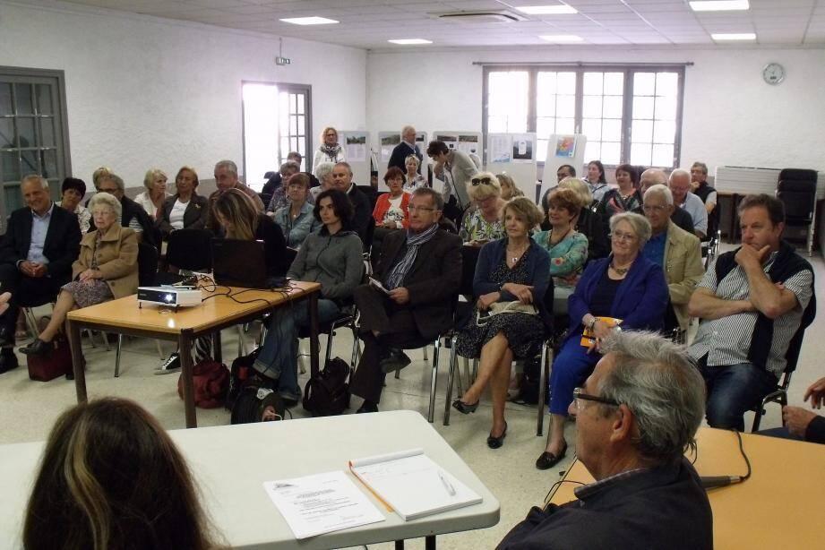 Les membres de MDD réunis en assemblée générale.