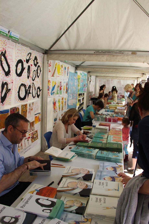 De grandes signatures de la littérature jeunesse, auteurs, illustrateurs, libraires, éditeurs seront présents, à la rencontre des jeunes lecteurs.