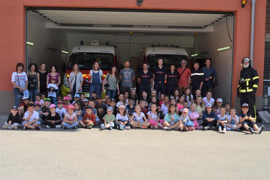 Le centre de secours de Contes a accueilli chaleureusement les Cantaronnais pour une matinée d'informations et de découvertes.