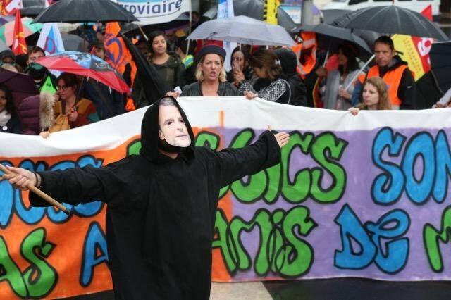 Environ un millier de manifestants à Nice. Dont 400 cheminots et des VTC pour clore le cortège.