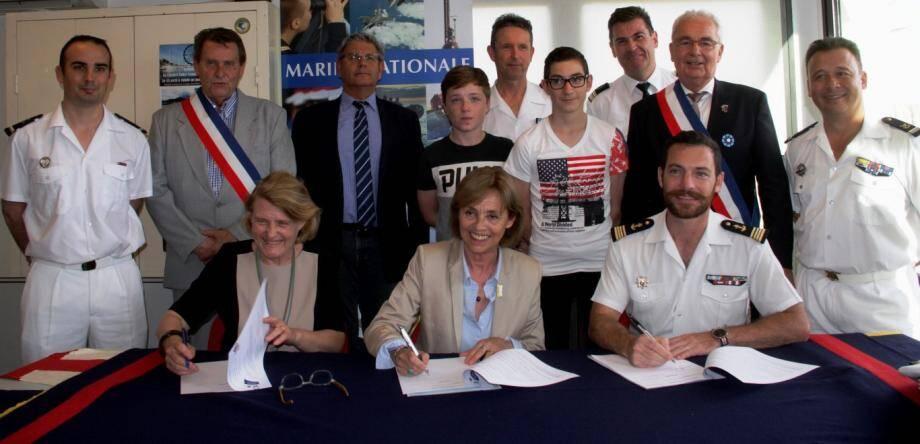 Marie-Hélène Aubry, Pascale Monrosty, Grégoire Choné lors de la signature.