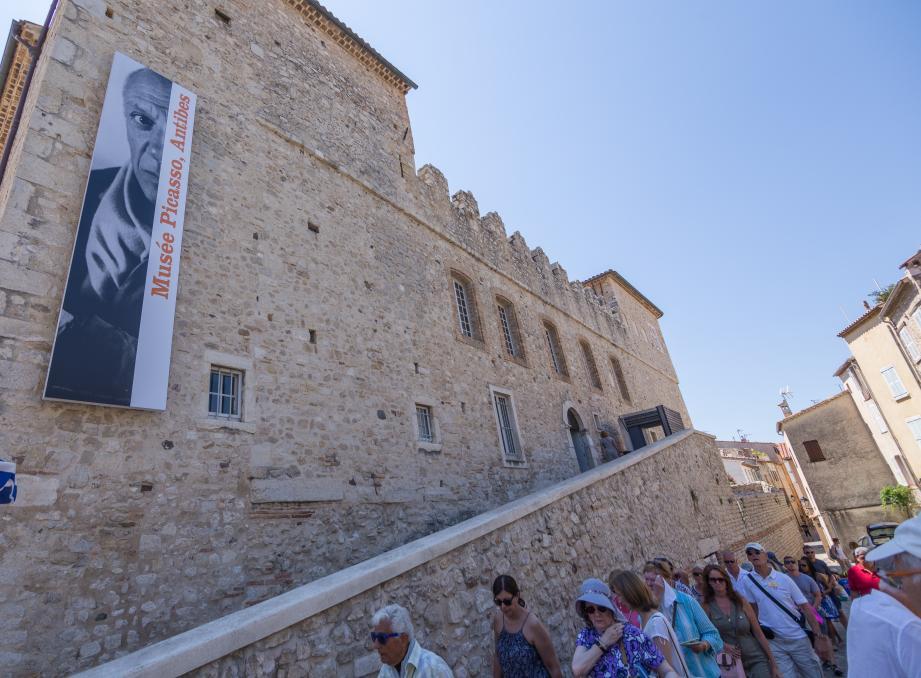 Si Picasso et le château Grimaldi proposent une riche programmation, n'hésitez pas à aller jeter un œil aux musées Peynet et de l'archéologie, qui, eux aussi, jouent le jeu ce soir.