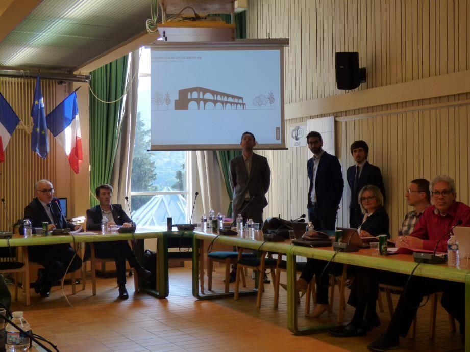 La présentation de la future école des Plans a donné lieu à un échange avec l'opposition, qui ne soutenait pas ce projet-là. Ci dessous, une classe de maternelle.