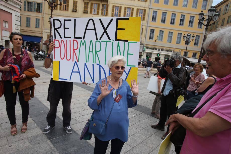Martine Landry, ce mercredi midi avant son audience au palais de justice de Nice.