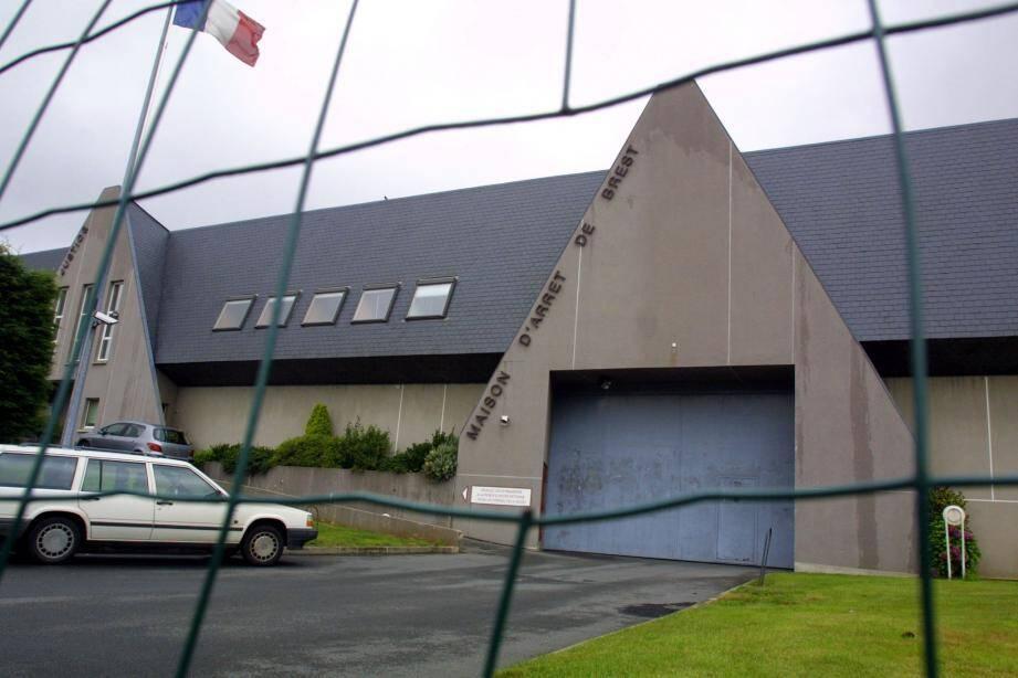 Vue extérieure de la prison de Brest.