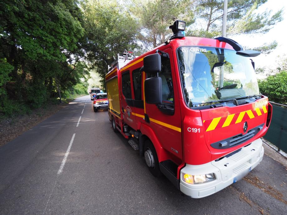 Les pompiers ont évacué la victime vers l'hôpital de la Fontonne.