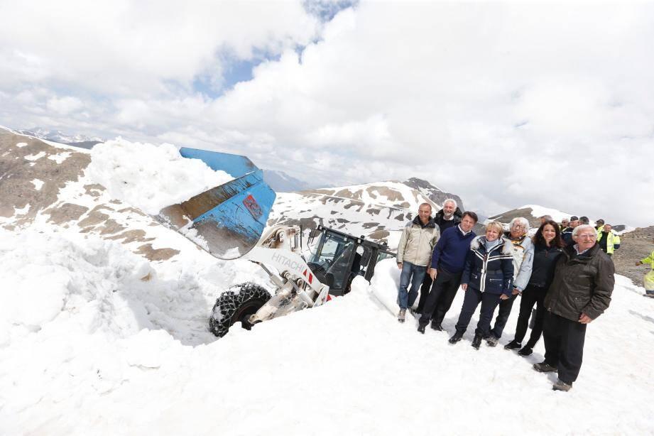 Hier, pour l'ouverture du col de la Bonette, le président de la Métropole, Christian Estrosi, s'est rendu sur place, à 2 715 mètres d'altitude. Pas moins de 100 000 véhicules emprunteront cette route durant la saison estivale.