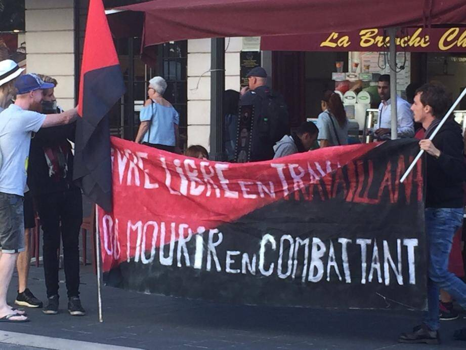 Le syndicat Solidaires étudiant-e-s lors de la manif contre la loi travail en septembre 2013.