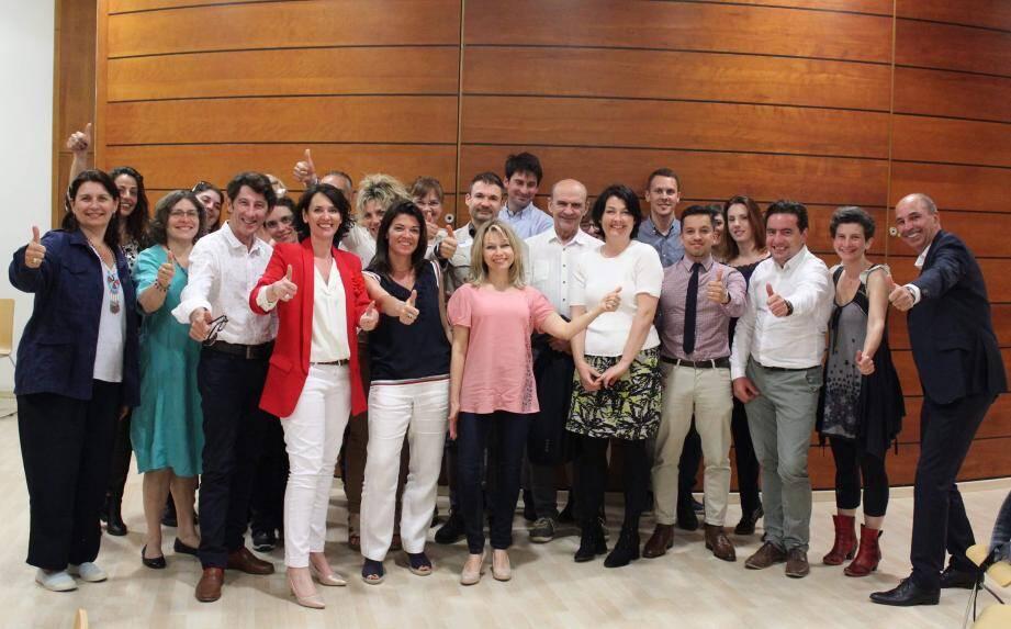 Et si le sourire était contagieux? Dans le Var, plusieurs organisations y travaillent comme Les Optimistes du Sud-Est que préside Mylène Lavialle (en veste rouge).