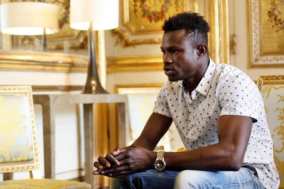 Mamoudou Gassama, 22, a été reçu ce lundi matin à l'Elysée par Emmanuel Macron.