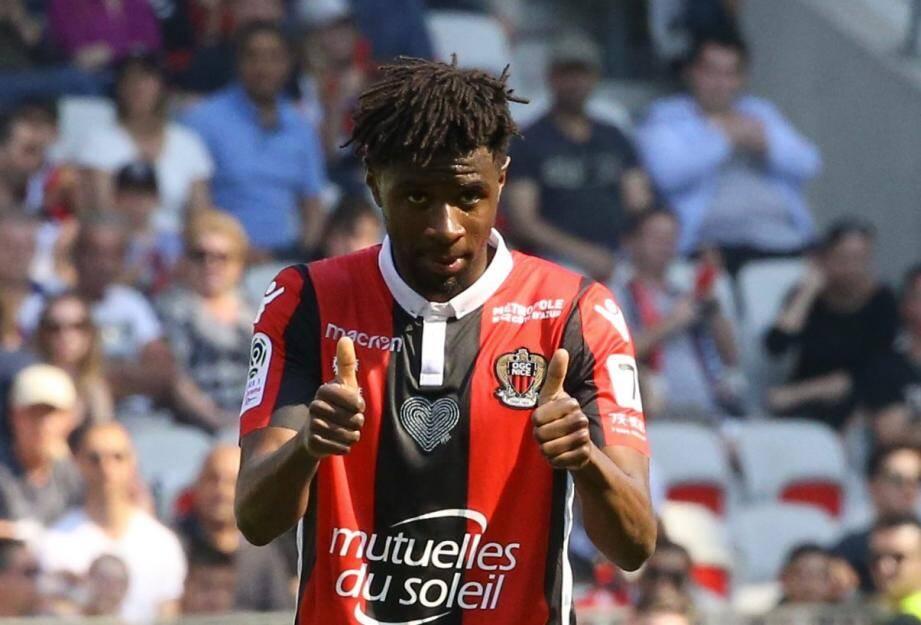 Adrien Tameze débuter la partie face à Caen.