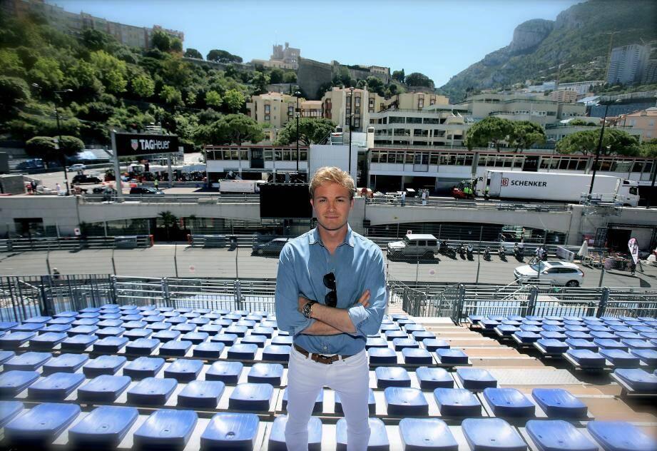 Nico Rosberg sera sur la piste  à 12h40 avec son père.