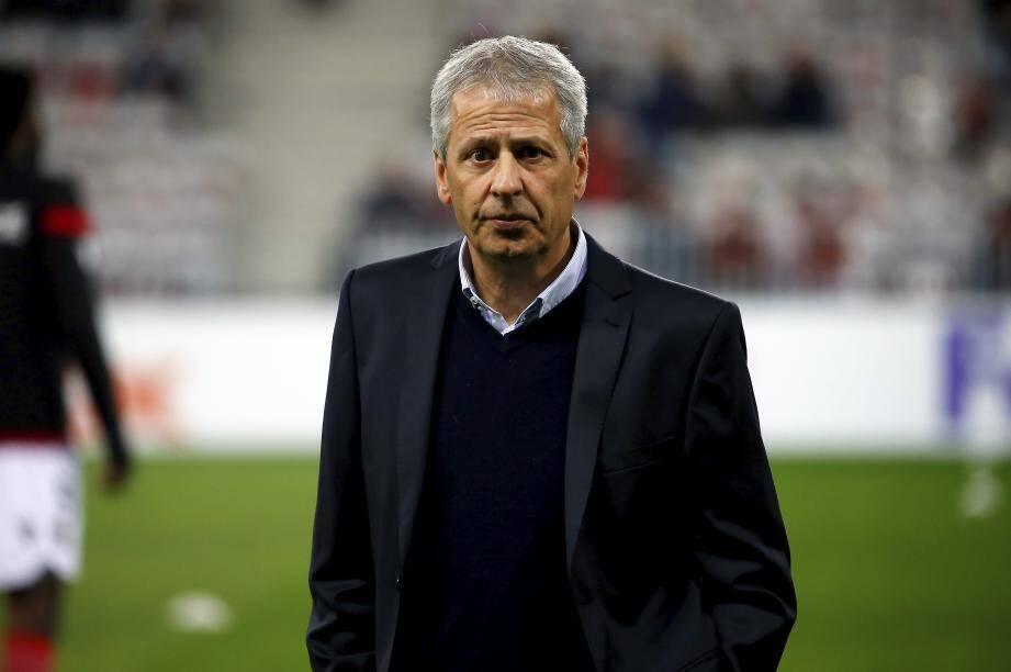 Lucien Favre n'est plus l'entraîneur de Nice.