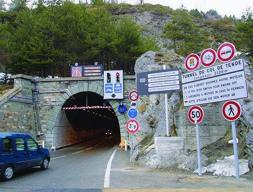Tunnel du col de Tende.