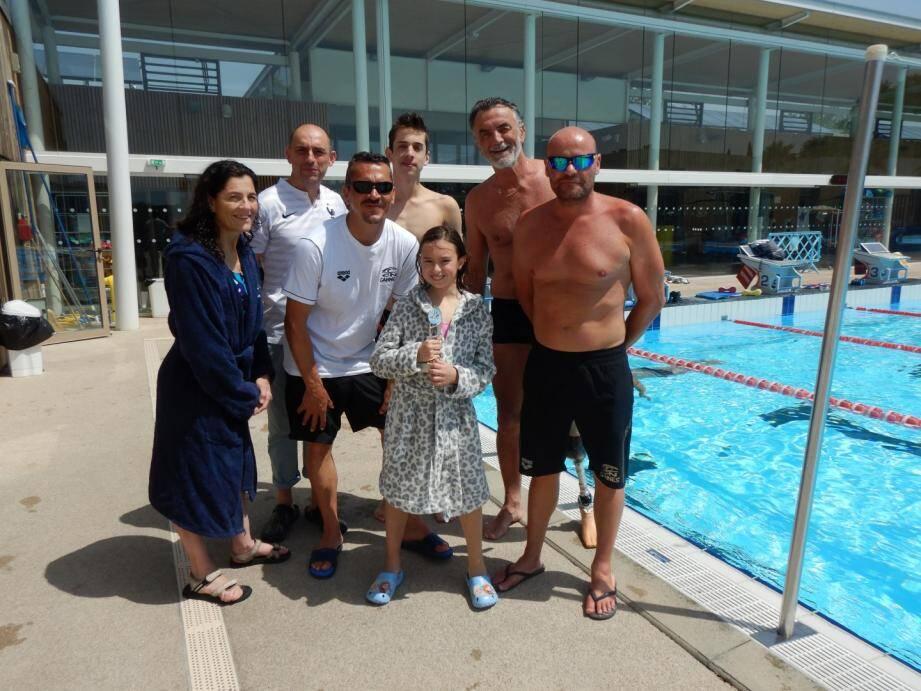 Ambre récompensée par son club à la piscine Grand Bleu à Cannes.(DR)
