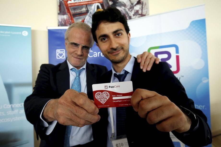 Christophe Lambert avec son associé et créateur de ce passeport santé, le Dr Adnan El Bakri.