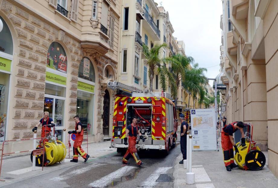 Des travaux, concernant le réaménagement de l'avenue du Général de Gaulle, ont été à l'origine de la fuite de gaz, hier matin.