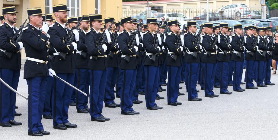 Les membres de l'escadron 23/6 de Grasse, qui a célébré ses 80 ans hier à la caserne Saint-Claude en présence de près de 400 convives.