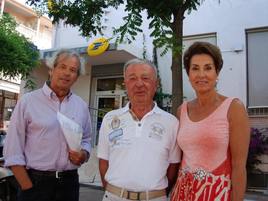 Mme Ruellan, présidente, avec des représentants du conseil syndical de la résidence Blue Ray.