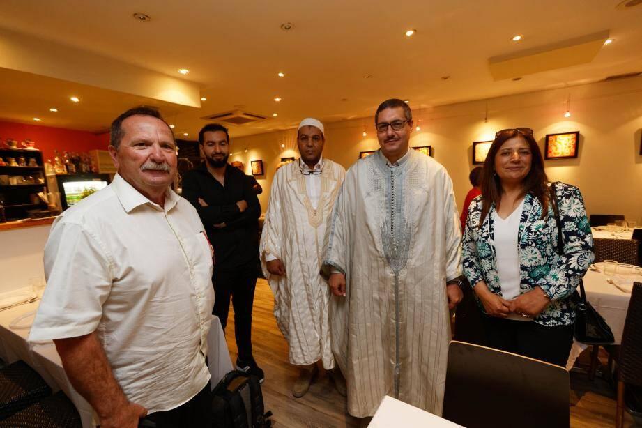 À l'invitation de l'association Univers-Cité, Robert Teisseire, conseiller municipal de La Seyne, a pu partager le repas de rupture du jeûne mercredi soir avec Seif Eddine Fliss, consul général de Tunisie à Marseille.