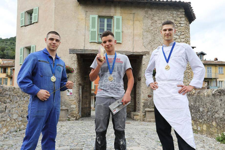 Désormais titrés « Un des meilleurs apprentis de France », Baptiste  Costa-Baccani, Ugo Lovisi et Alexis Giraud peuvent arborer avec fierté leur médaille départementale obtenue, le 4 juin dernier, à l'occasion du 33e concours des meilleurs apprentis de France.