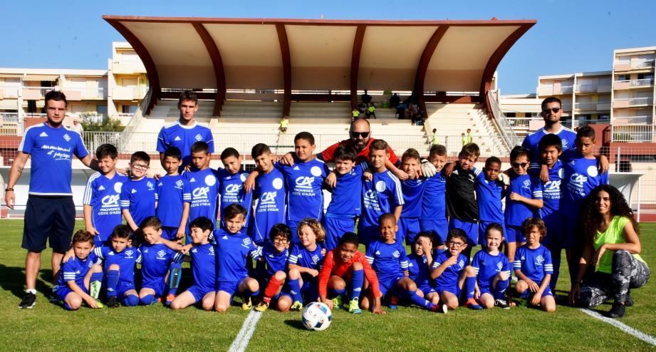 Les équipes du SO Lavandou sur le Grand-Stade.