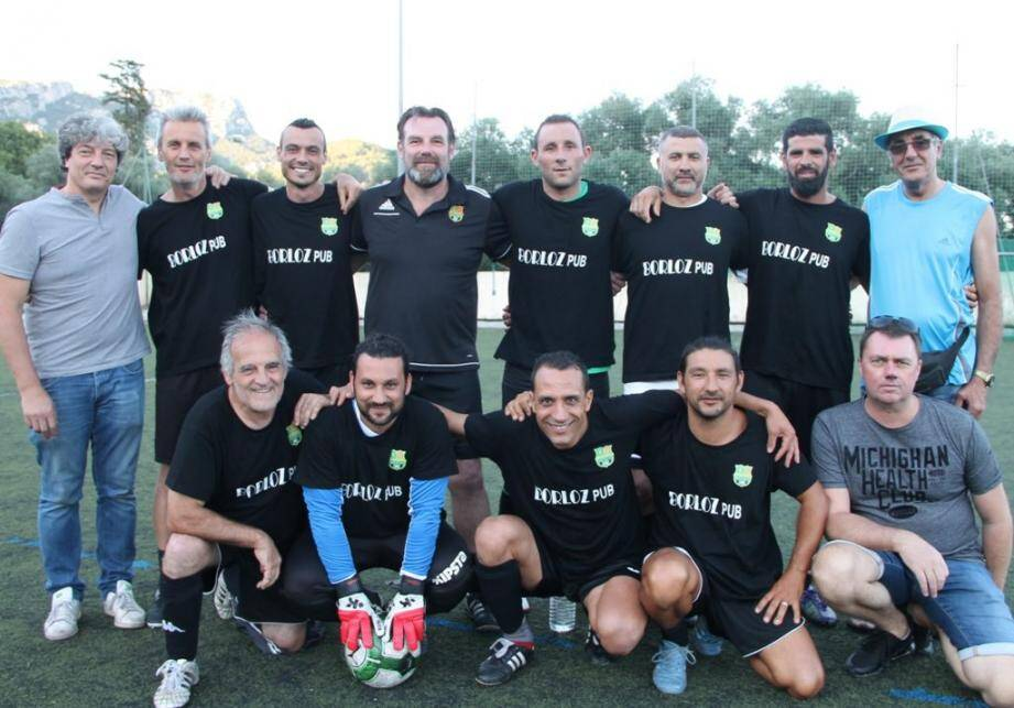 Les joueurs de Borloz Graphisme, vainqueurs cette année de la «Champion's League valettoise»