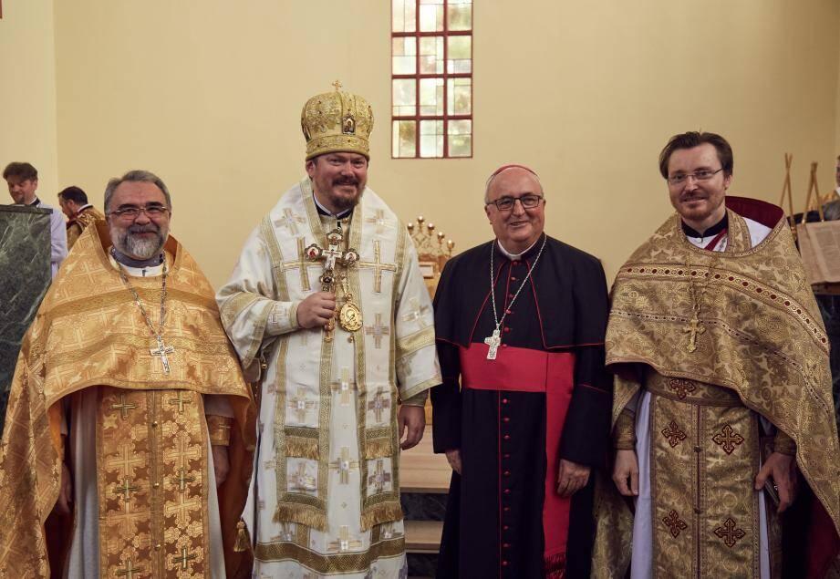 L'évêque russe, représentant le patriarcat de Moscou en France, a célébré un office samedi pour marquer l'installation de sa paroisse en Principauté. Une messe en présence de Mgr Barsi.(DR)