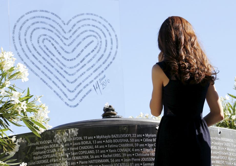 Pérenniser et améliorer le mémorial provisoire est l'une des quatre options soumises aux victimes de l'attentat.