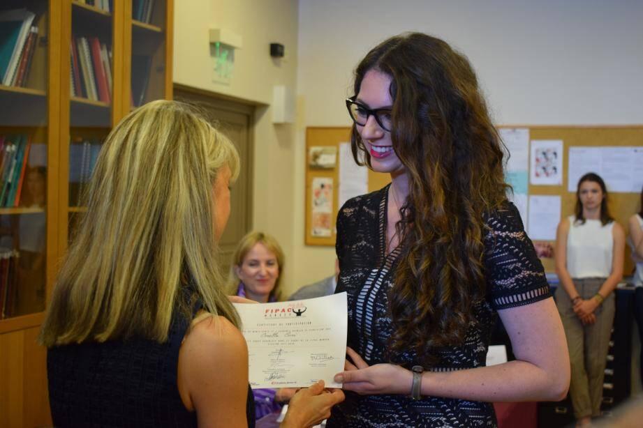 Les étudiantes de la promotion 2 017-2 018 de Fipac ont reçu leur diplôme.