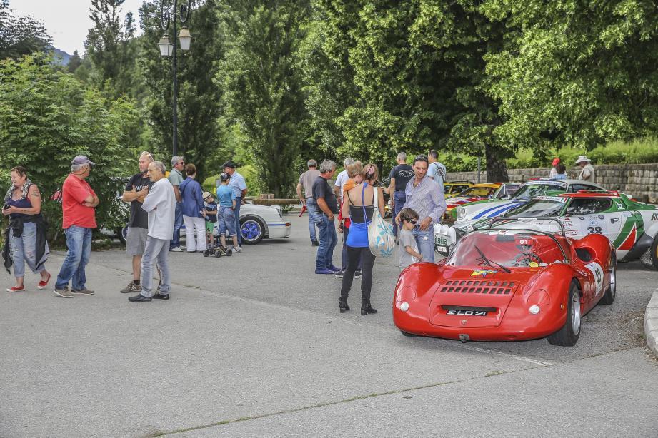 Les visiteurs ont admiré une quarantaine de voitures de collection.(D. R.)