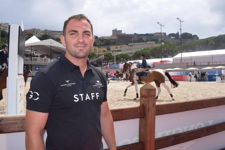 Sylvain Pelletier gère l'équipe piste et les 11 personnes qui la composent.