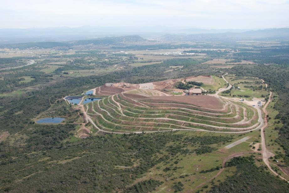 Le centre de stockage du Balançan, au Cannet-des-Maures, recevra bien les déchets jusqu'au 7 août, date à laquelle la justice le contraint à cesser toute exploitation commerciale.