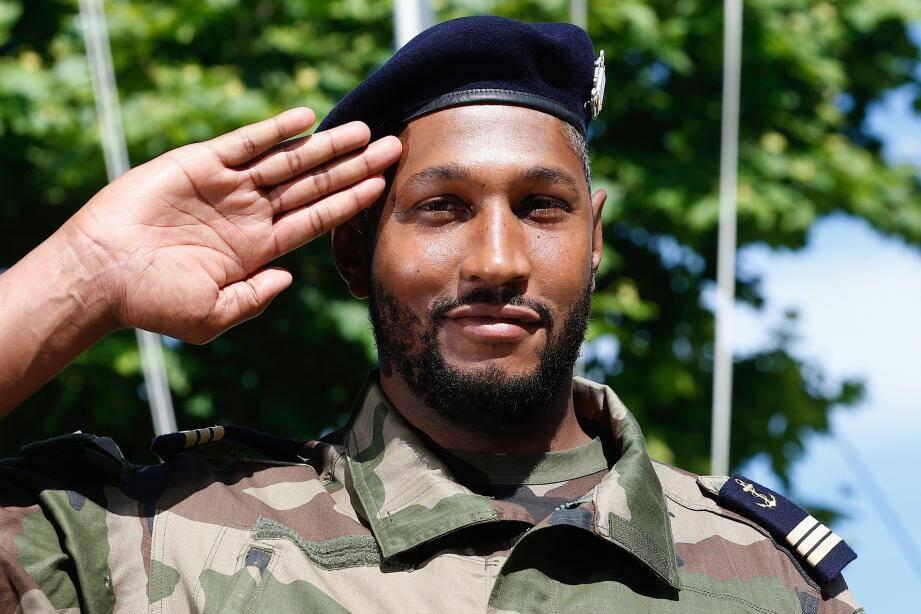 Le capitaine de l'équipe de France de basket est officiellement devenu le lieutenant de vaisseau Boris Diaw.