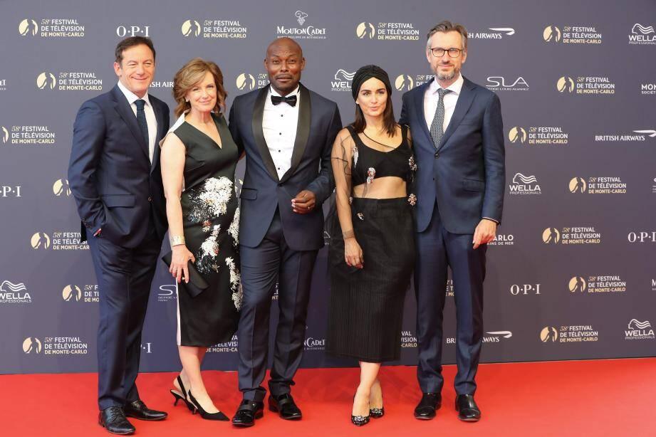 Jimmy Jean-Louis et les autres membres du jury Fiction du Festival international de télévision de Monte-Carlo, l'acteur britannique Jason Isaacs, la businesswoman Anne Sweeney, l'actrice mexicaine Ana de la Reguera et le producteur allemand Joerg Winger.