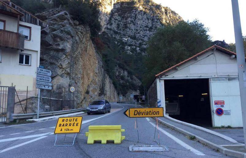 La Métropole Nice Côte d'Azur mène des travaux de sécurisation de la falaise dans la vallée de la Vésubie.