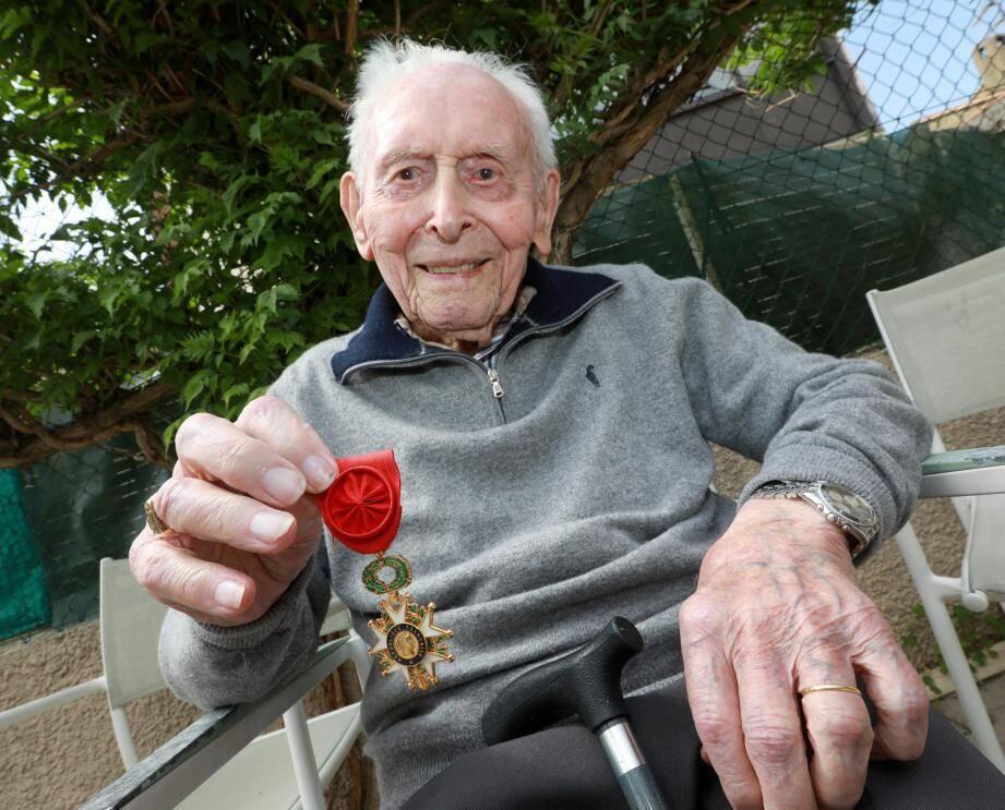 René Sintès, 94 ans, confiepour la première fois son témoignage.