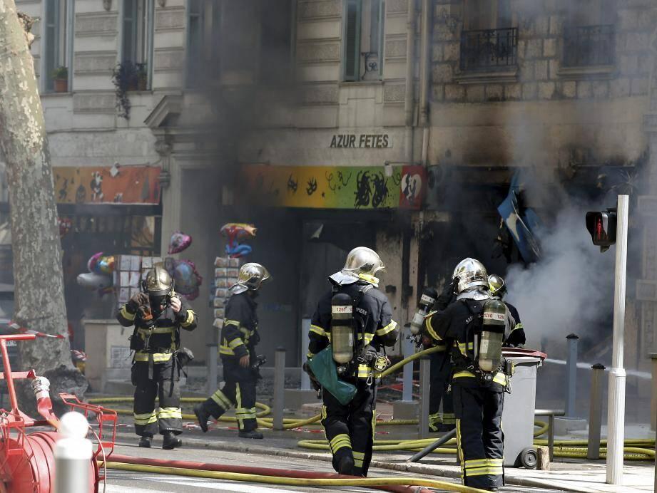 Le feu chez Azur Fêtes était-il criminel? La justice semble le penser. Une information judiciaire a été ouverte.