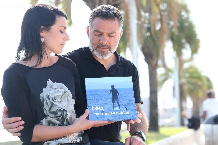 Delphine et Mickaël Chanoyan organisent un concert le 6 juillet 2018 où leur livre sera en vente. Les fonds seront reversés à l'association Léo et ses partenaires.