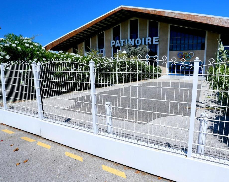 La patinoire de La Garde, fermée pour travaux.