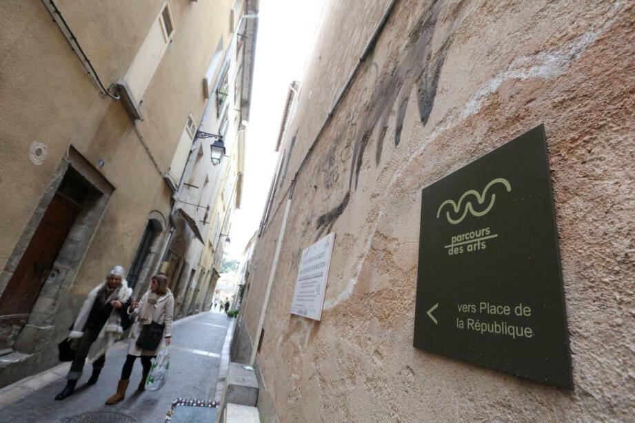 Le parcours des arts du centre-ville de Hyères.