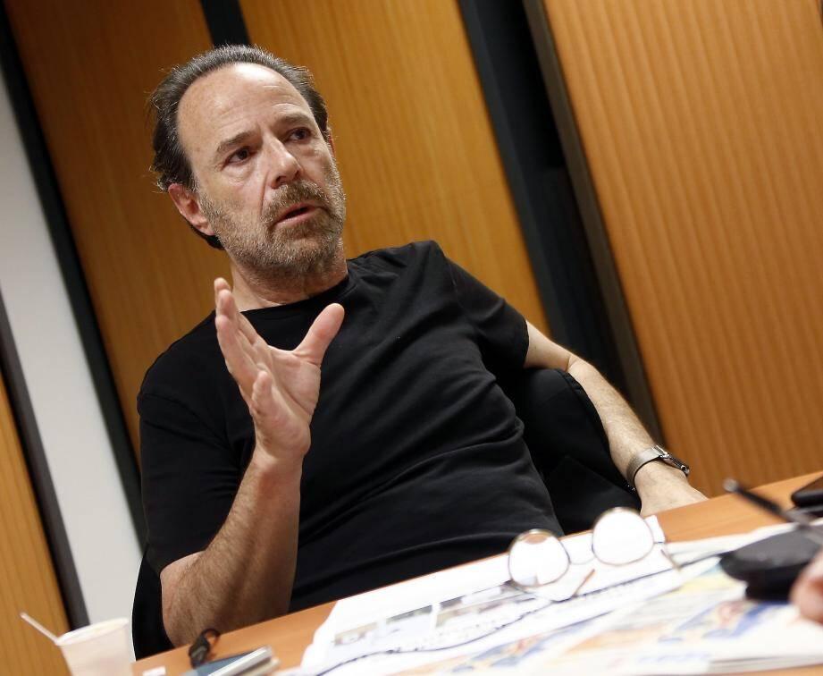 Marc Levy à la rédaction de Var-matin.