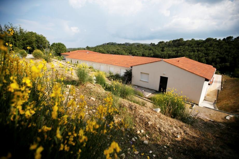 l'ancienne maison de retraite, qui accueillera les réfugiés, se compose de vingt-deux studios, deux appartements de deux et trois pièces.