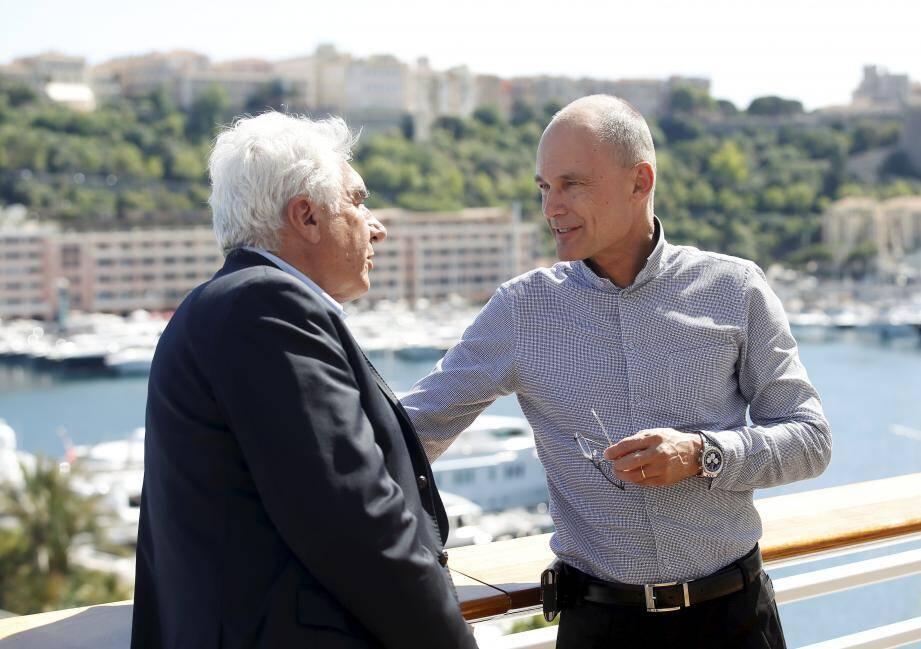 Bernard d'Alessandri a accueilli Bertrand Piccard au Yacht-club de Monaco.