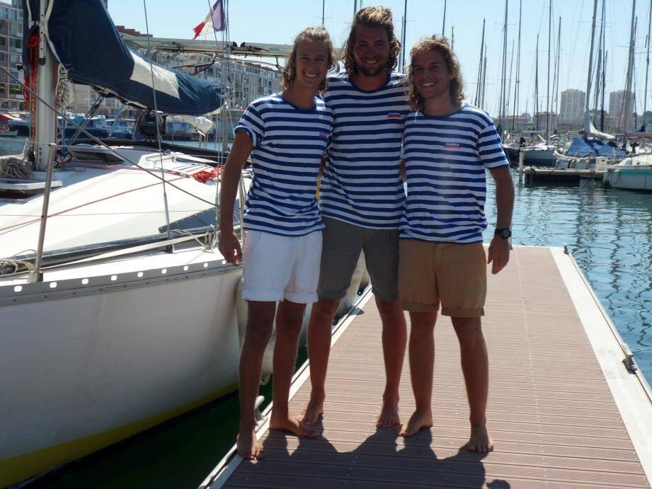 Avec leur mission Ankourage et leur voilier Kimenpech, les Varois Antoine et Albéric et leur ami Gauthier sont allés au bout de leurs rêves de gosses. Samedi, ils ont été accueillis par le Club nautique de la Marine de Toulon.