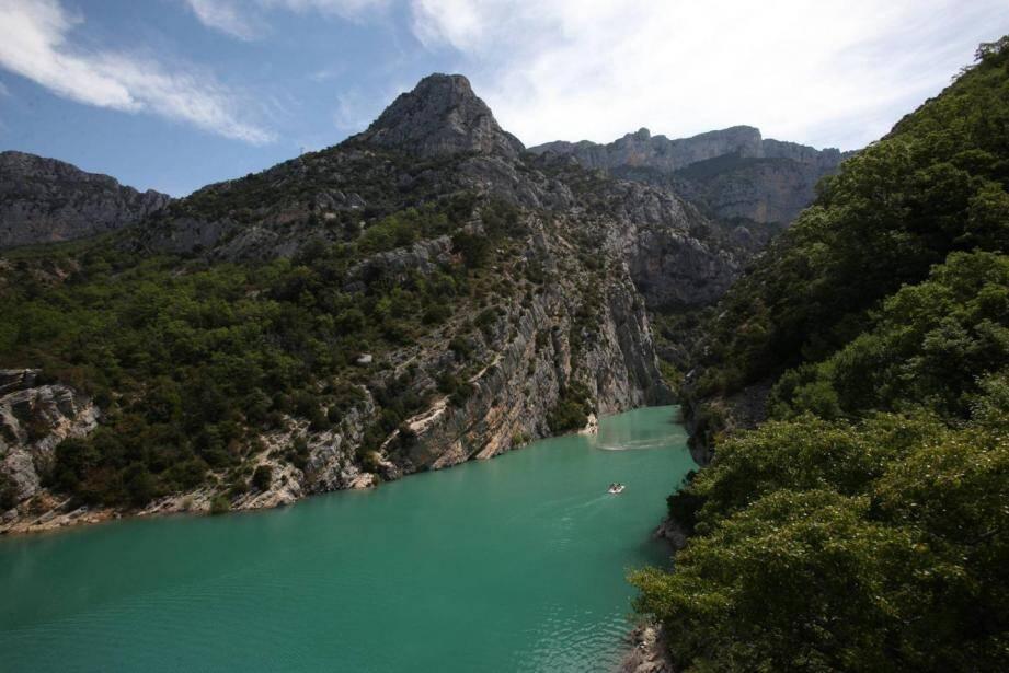 Le drame s'est déroulé côté Alpes-de-Haute-Provence, à Moustiers-Sainte-Marie.