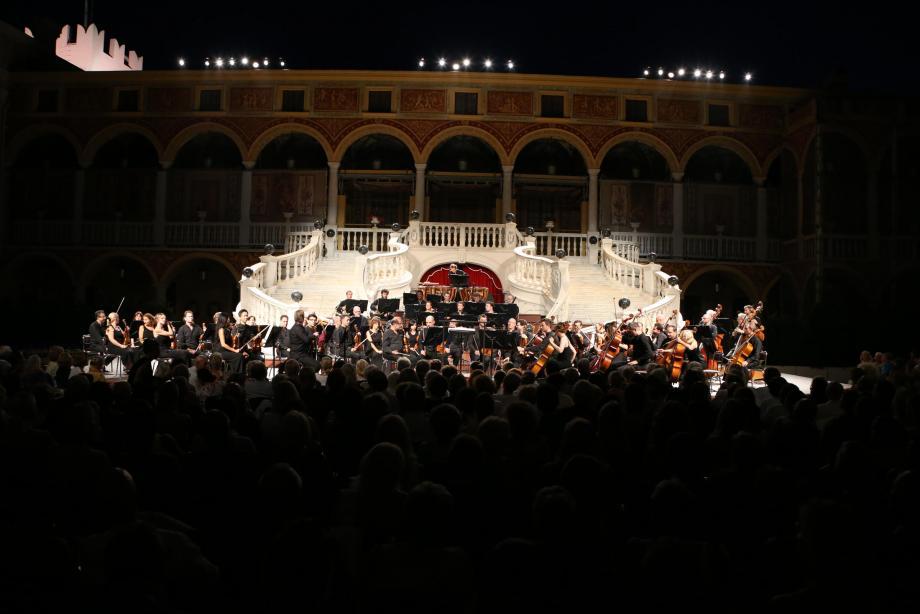La magie des concerts dans la cour d'honneur du Palais reprend ce jeudi pour sept concerts.